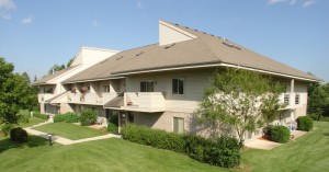 Fairway Meadows apartments in Franklin WI