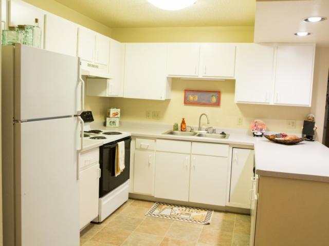 Maple Creek Apartments For Rent In Sussex Wisconsin