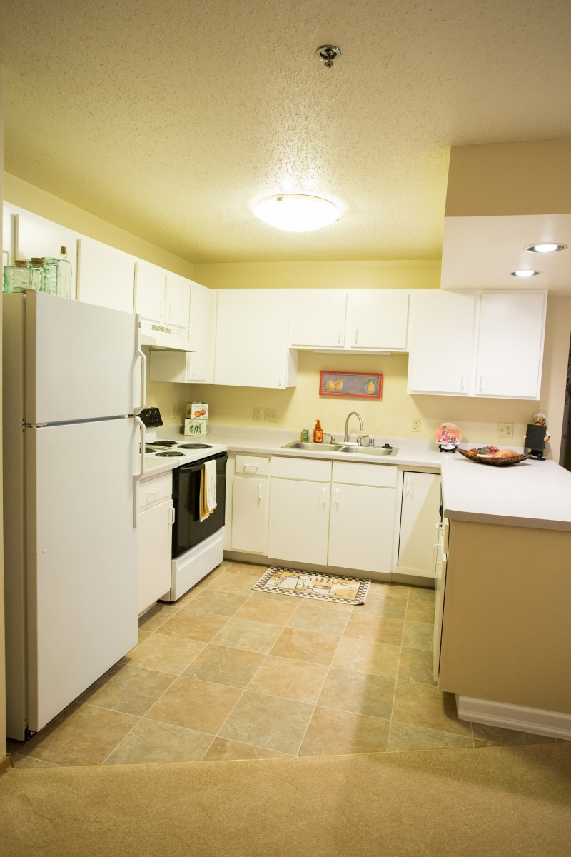 Maple Creek Sussex 2 bed kitchen 100