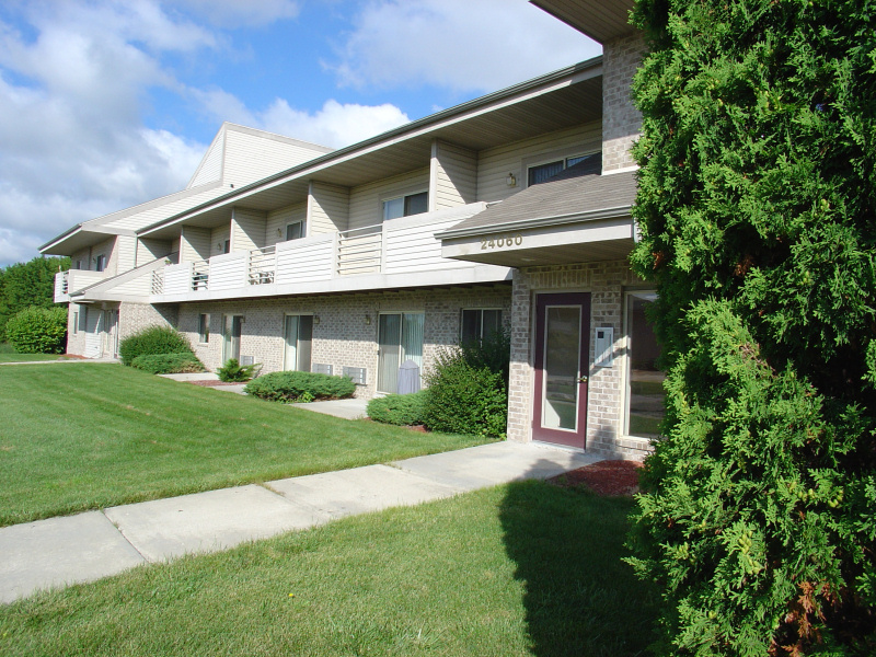 Sussex Maple Grove Apartments exterior
