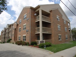 Wilshire Manor apartments in Wauwatosa