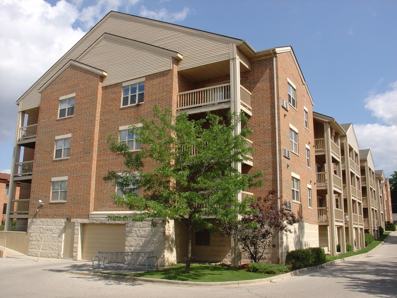 wilshire manor apartments for rent in wauwatosa wisconsin For2 Bedroom Apartments Wauwatosa Wi